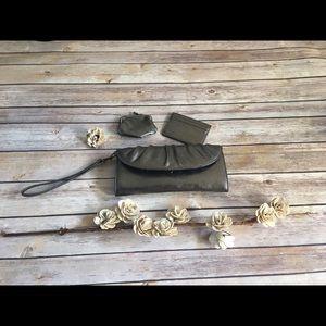 Handbags - Silver Wristlet/Clutch